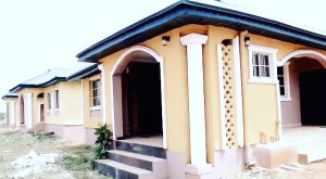 3 bedroom Detached Bungalow House for sale amufi community, along agbor road. Ukpoba Edo