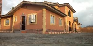 9 bedroom Flat / Apartment for sale Lakowe.    Sangotedo Sangotedo Lagos