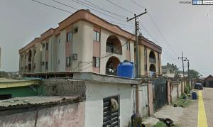 3 bedroom Blocks of Flats House for sale boye close moshalashi bustop Alagbado Abule Egba Lagos