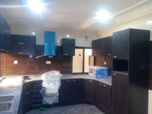 4 bedroom Shared Apartment Flat / Apartment for sale Well finshed 4bedroom townhouse with a room bq @ Alagomeji yaba Alagomeji Yaba Lagos