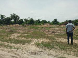 Land for sale Located at Bule pan - Sapati, Lekki. It is just Few minutes off Lekki Expressway.  Lekki Lagos