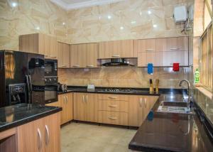 5 bedroom Detached Duplex House for shortlet VGC Lekki Lagos