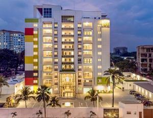 4 bedroom Shared Apartment Flat / Apartment for rent Sis Paris Bourdillon Ikoyi Lagos
