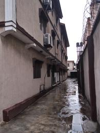 3 bedroom Flat / Apartment for rent Muritala Muhammed way Alagomeji Yaba Lagos