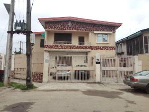 10 bedroom Flat / Apartment for sale ajao off ogunlana drive surulere Ogunlana Surulere Lagos