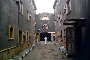 10 bedroom Commercial Property for sale Agbaje Ipaja road Ipaja Lagos - 0