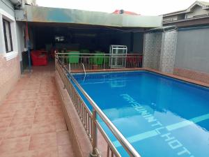 10 bedroom Commercial Property for sale  Akowonjo egbeda  Alimosho Lagos