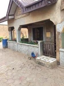 2 bedroom Penthouse Flat / Apartment for rent Celica bus stop  Alakia Ibadan Oyo