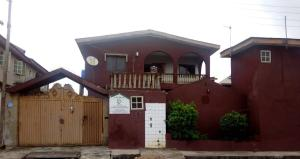 6 bedroom Blocks of Flats House for sale Akute road oremeji temidire Estate  Ojoolu Ifo Ogun