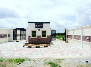 Residential Land Land for sale KM 10, Lagos-Abeokuta road, opposite Midgal Adatan Abeokuta Ogun