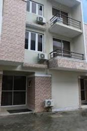 4 bedroom Shared Apartment Flat / Apartment for shortlet industrial avenue Sabo Yaba Lagos