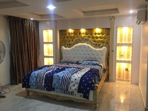 5 bedroom Terraced Duplex House for shortlet Road 38 Tunji Bello Street, Lekki Scheme 2, Abraham Adesanya, Lekki - Epe Expressway Lekki Phase 2 Lekki Lagos