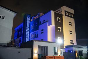 10 bedroom Studio Apartment Flat / Apartment for shortlet 50 Gbangbala Street Ikate Lekki Lagos