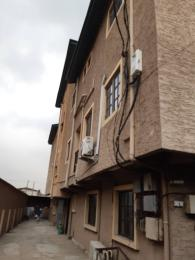 3 bedroom Flat / Apartment for rent Off shipeolu street Palmgroove Shomolu Lagos