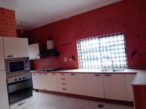 2 bedroom Mini flat Flat / Apartment for rent Chuks Oyebuchi street,lekki phase one Lekki Phase 1 Lekki Lagos