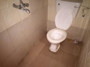 2 bedroom Flat / Apartment for rent Moleye  Alagomeji Yaba Lagos