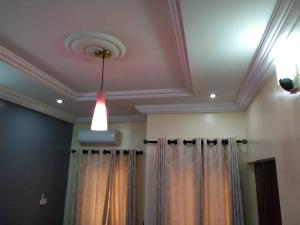 2 bedroom Flat / Apartment for rent Folaagoro, Yaba.  Fola Agoro Yaba Lagos