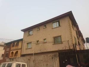 3 bedroom Blocks of Flats House for rent Off Ijesha  Ijesha Surulere Lagos