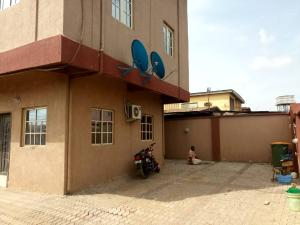3 bedroom Flat / Apartment for rent Off st finbarrs road akoka  Akoka Yaba Lagos