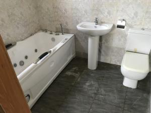 4 bedroom Detached Bungalow House for sale thomas estate ajah Thomas estate Ajah Lagos