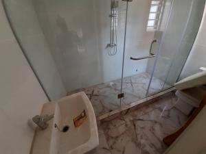 4 bedroom Terraced Bungalow House for sale lafiaji lekki Lekki Lagos