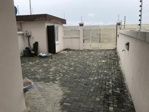 4 bedroom Semi Detached Duplex House for rent orchid road lekki Lekki Lagos