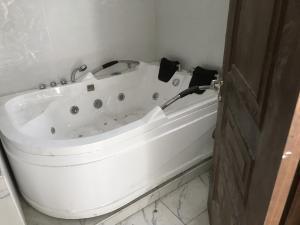 4 bedroom Detached Duplex House for sale osapa lekki Osapa london Lekki Lagos