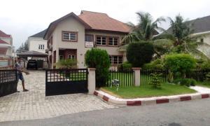 5 bedroom Semi Detached Duplex House for sale Carlton Gate Estate chevron Lekki Lagos