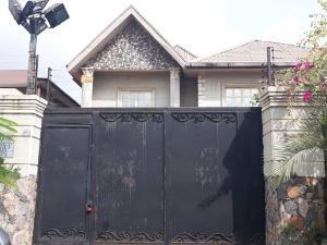 5 bedroom Duplex for sale Ikeja, alausa behind shoprite. Alausa Ikeja Lagos