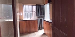 3 bedroom Flat / Apartment for rent Off Apata stree Shomolu Shomolu Lagos