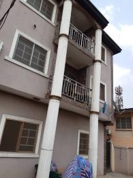 3 bedroom Flat / Apartment for rent Close to obanikoro estate gate  Palmgroove Shomolu Lagos