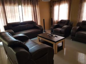 4 bedroom Shared Apartment Flat / Apartment for shortlet Jaiyeola ajatta Ajao Estate Isolo Lagos