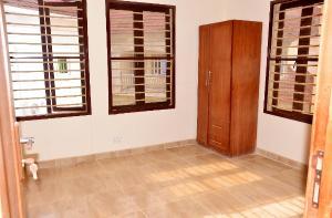4 bedroom Detached Duplex House for sale Orange Drive Crown Estate Ajah Lagos