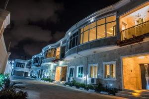 3 bedroom Terraced Duplex House for sale Off bourdillon  Bourdillon Ikoyi Lagos
