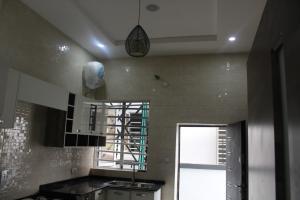 5 bedroom Semi Detached Duplex House for sale - chevron Lekki Lagos