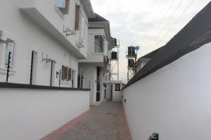 5 bedroom Semi Detached Duplex House for sale ... chevron Lekki Lagos