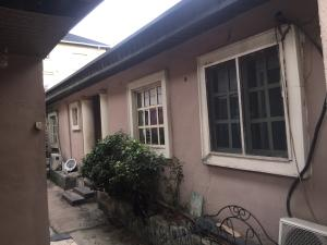 Self Contain Flat / Apartment for rent Yabatech Bailey  Abule-Ijesha Yaba Lagos