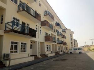 4 bedroom Massionette House for rent ---- Ologolo Lekki Lagos