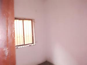 Self Contain Flat / Apartment for rent Ojuelegba Surulere Lagos