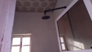 Self Contain Flat / Apartment for rent Fola agoro Fola Agoro Yaba Lagos