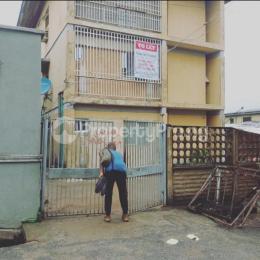 Self Contain Flat / Apartment for rent Ebun Abule-Oja Yaba Lagos