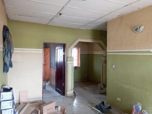 2 bedroom Flat / Apartment for rent Off Fola Agoro  Abule-Ijesha Yaba Lagos