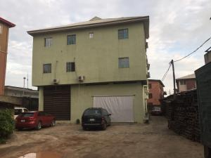 3 bedroom Flat / Apartment for rent Zanzi Estate  Onike Yaba Lagos