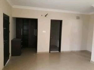 2 bedroom Blocks of Flats House for rent Ogunlana Surulere Lagos