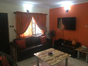2 bedroom Flat / Apartment for shortlet Modupe johnson Bode Thomas Surulere Lagos