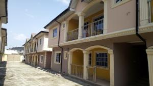3 bedroom Shared Apartment Flat / Apartment for rent flourish Ado Ajah Lagos - 0