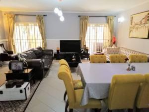 4 bedroom Terraced Duplex House for sale Off Tumbull drive  Ikoyi Lagos
