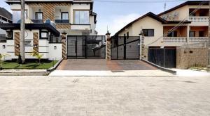 4 bedroom Detached Duplex House for shortlet Lekki Phase 2 Lekki Lagos