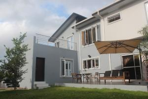 5 bedroom Detached Duplex House for sale Ablag Avenue Monastery road Sangotedo Lagos