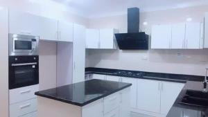 5 bedroom House for sale moore Ikate Lekki Lagos